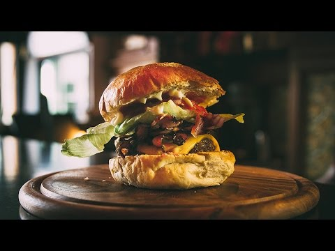The Making of Tommi's Burger Joint's Bacon Cheeseburger