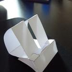 Ausprobiert: Günstige iPhone Dockingstation aus Papier