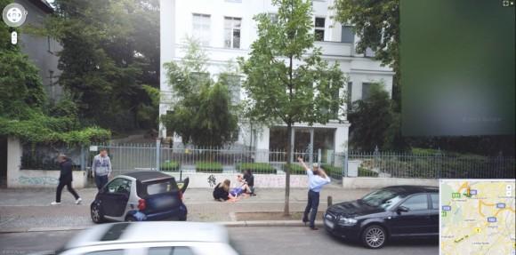 Geburt auf Street View