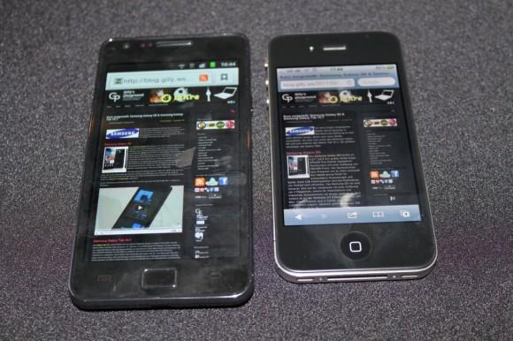 Groessenvergleich Apple iPhone 4 und Samsung Galaxy SII