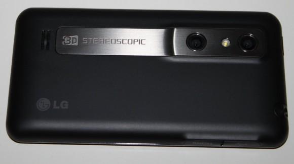 LG P920 OPTIMUS 3D hinten