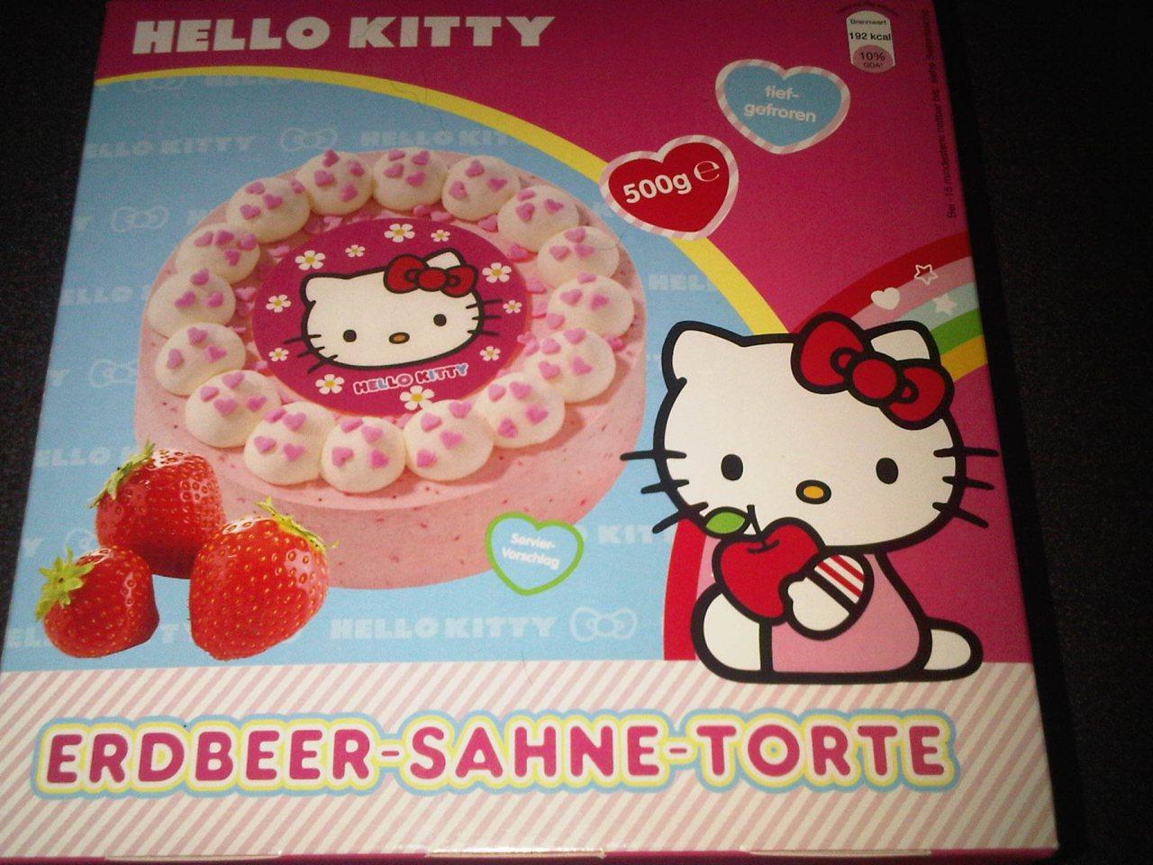 Getestet Hello Kitty Erdbeer Sahne Torte Gillyberlin