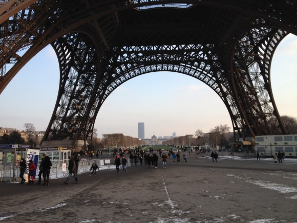Eiffelturm Basis