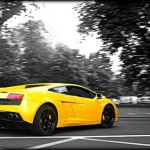 Trottel crasht seinen Lamborghini Gallardo – Clown Car Style!