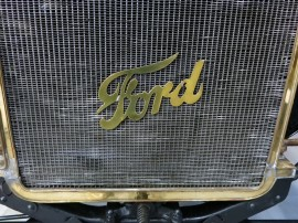 Ford-Classic-Cars-09