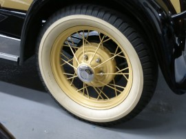 Ford-Classic-Cars-12
