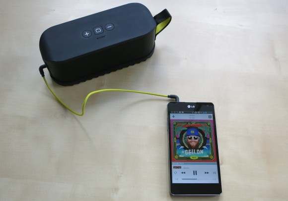 Jabra SOLEMATE Bluetooth Speaker Test-04