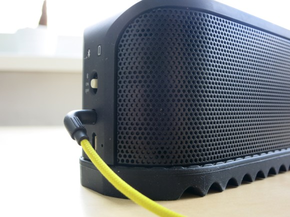 Jabra SOLEMATE Bluetooth Speaker Test-05
