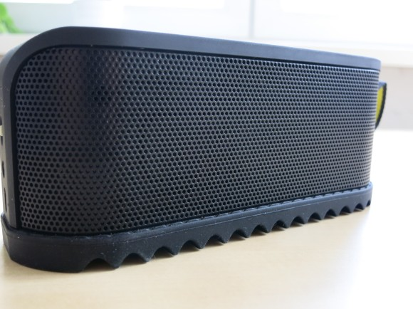 Jabra SOLEMATE Bluetooth Speaker Test-08