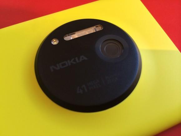 Nokia Lumia 1020 03