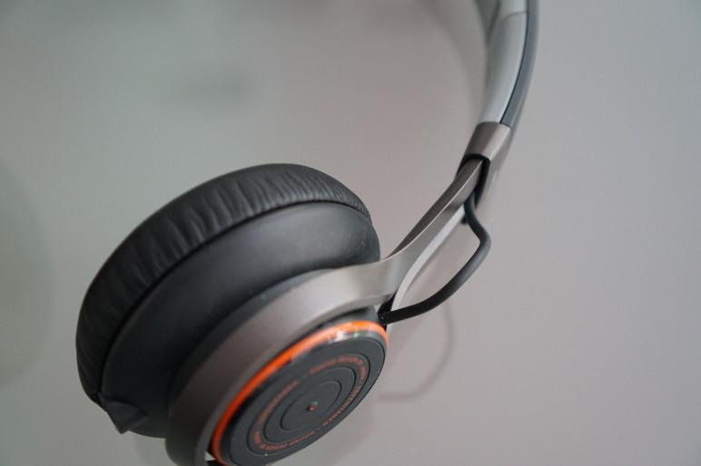 Revo Wireless Alu