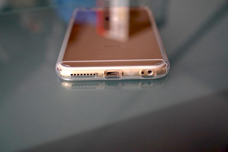 Spigen Case für iPhone 6 Plus - ULTRA HYBRID Crystal Clear 06
