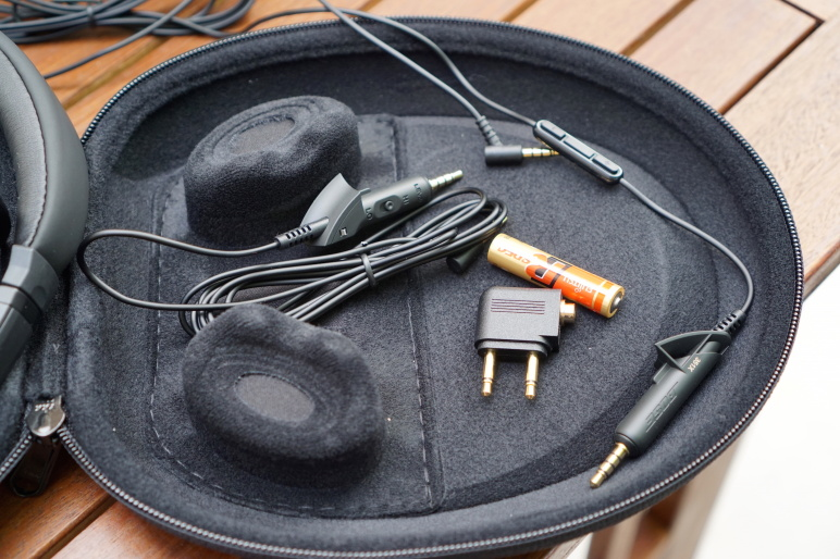 Bose QuietComfort 15 Kopfhörer mit Acoustic Noise Cancelling Test 08