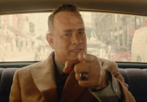 Tom Hanks Carly Rae Jepsen - I Really Like You - Musikvideo