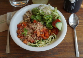 The Bowl - Veganes Restaurant in Berlin 02