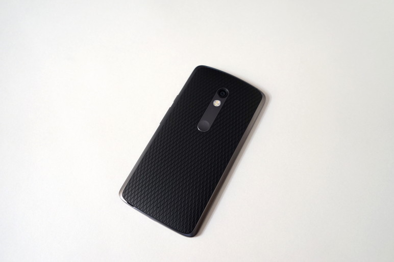 Motorola Moto X Play Android Smartphone-02