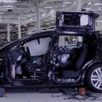 Typen zerstören ein Tesla Model X – aus gutem Grund!